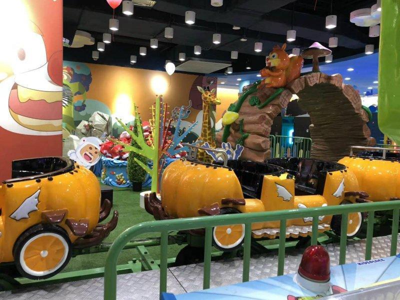 Roller Coaster 18P Halloween Pumpkin Carnival Rides
